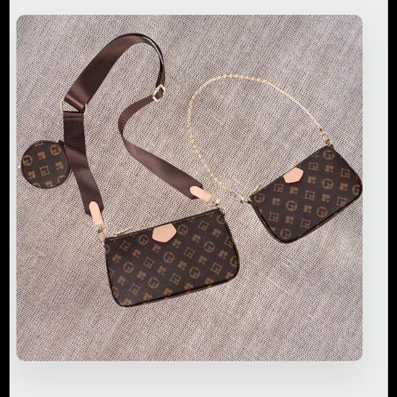 Stylish 3-IN-1 Messenger Bag w/wristlet&pocket 👜
